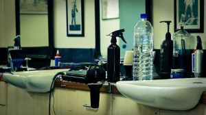 Les coiffeurs d'Alsace boycottent la radio