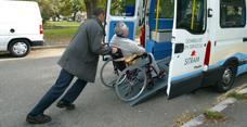 Personne à mobilité réduite : pensez au Domibus pour vos déplacements