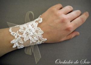 Bracelet de mariée en dentelle