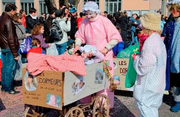 Carnaval village-neuf