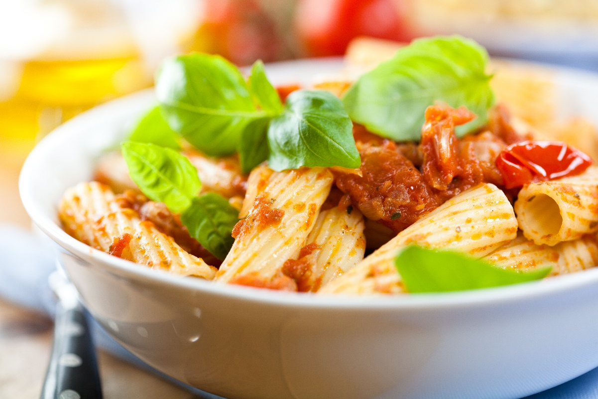 Salade de pâtes avec sauce tomate - Restomalin